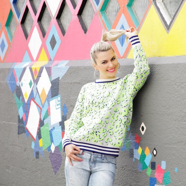 style lend top and jeans